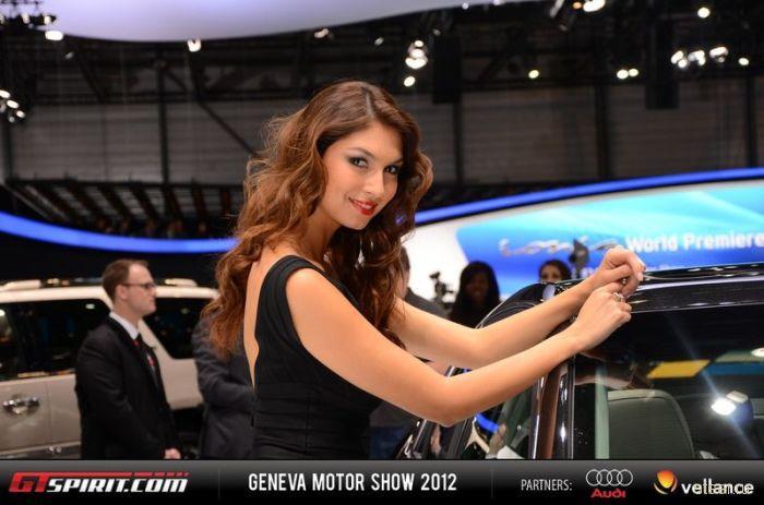 Девушки Женевского автосалона 2012 (фото)
