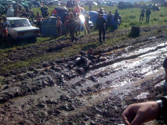 Бентли грязи не боятся? (фото)