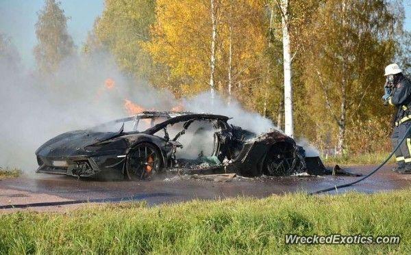 В Швеции сгорел Lamborghini Aventador