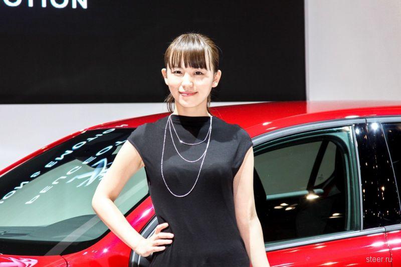 Девушки Токийского автосалона 2016