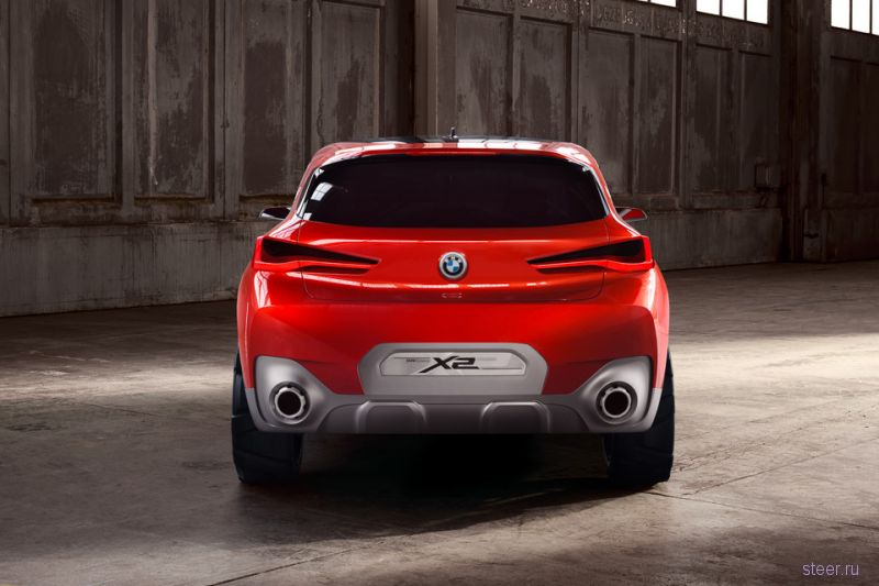 BMW представили в Париже прототип кроссовера BMW X2
