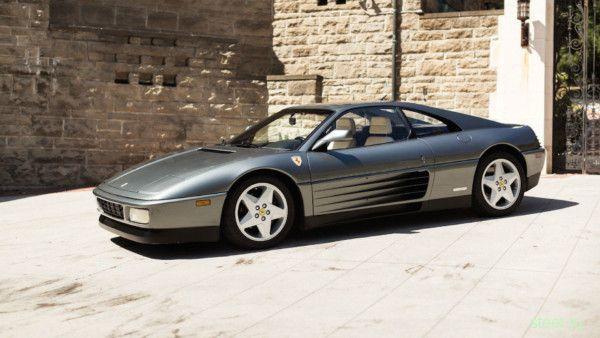 Ferrari 348 1990 года продают на аукционе за $49900