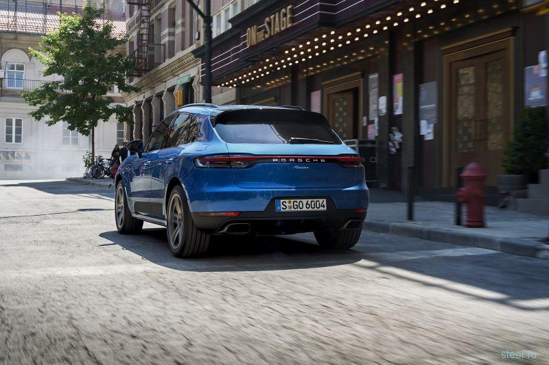 Объявлены российские цены на обновленный Porsche Macan