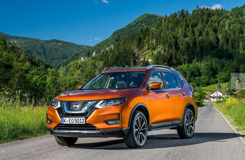 На заводе Nissan в Санкт-Петербурге началось производство обновленного кроссовера X-Trail.