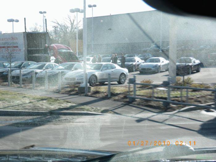 Неудачная разгрузка Ferrari (фото и видео)