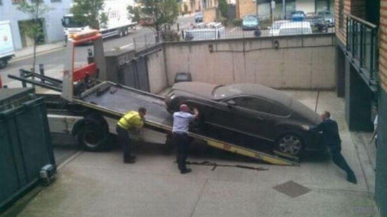 Брошенный Bentley (фото)
