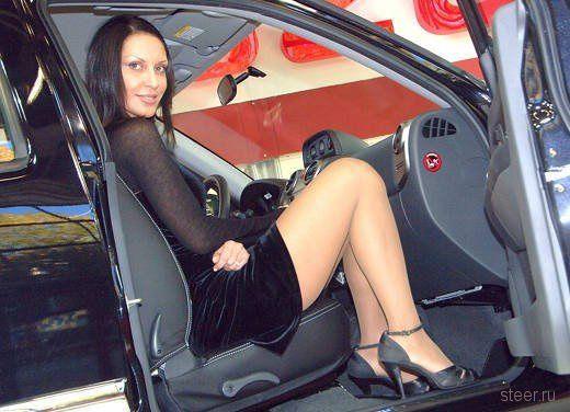 Девушки автошоу Катар-2011 (фото)