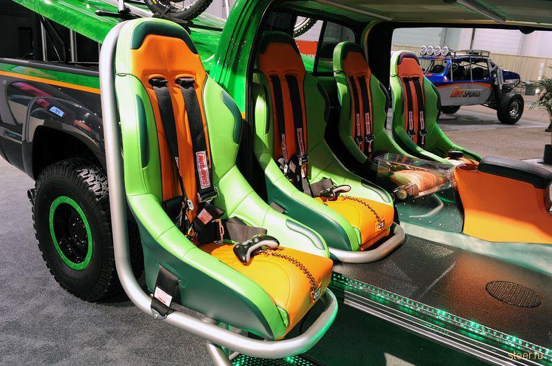 Фоторепортаж с выставки SEMA — крупнейшее шоу автомобильного тюнинга в мире (фото)