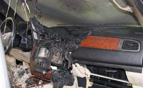 Последствия короткого замыкания в машине (фото)