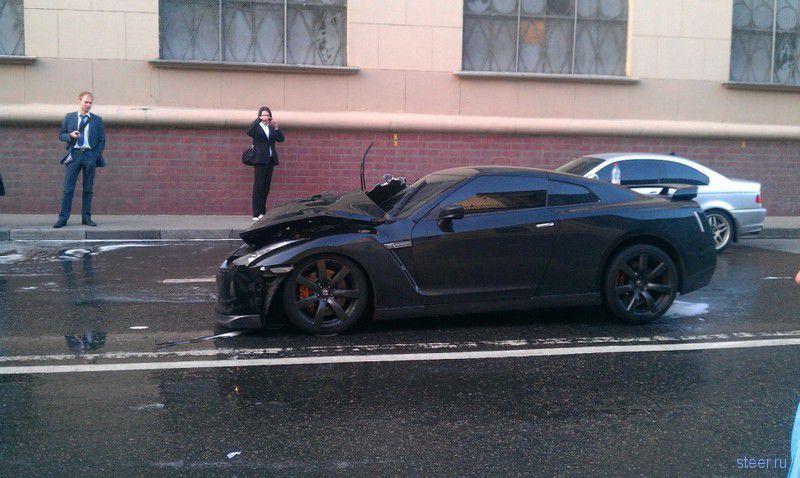 Nissan GTR : очень крепкая машина (фото и видео)