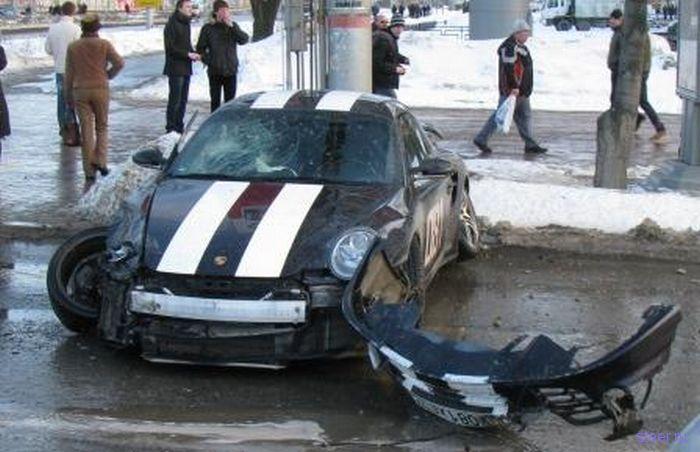 500 HP Porsche не для сибирских дорог (фото)