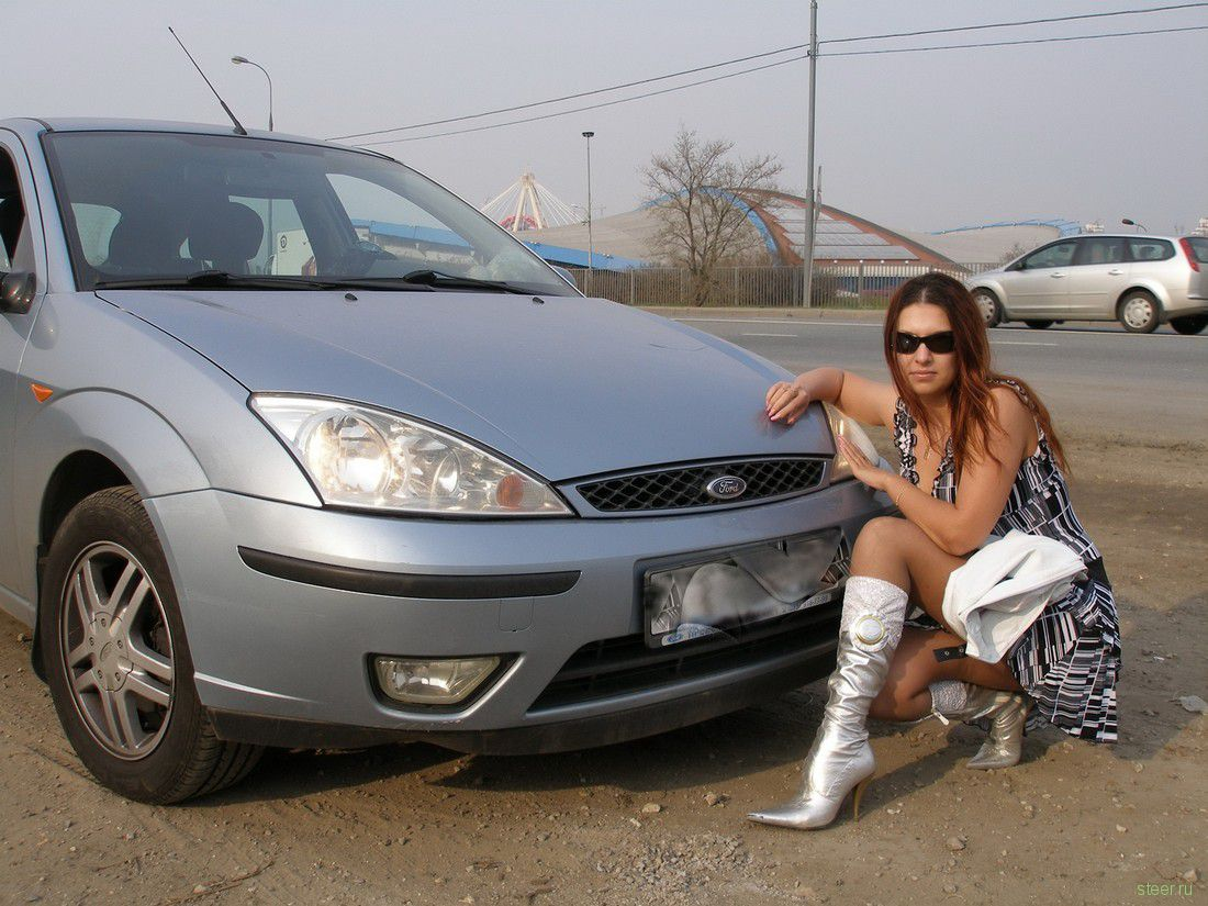 Секс в российской машине 4 фотография