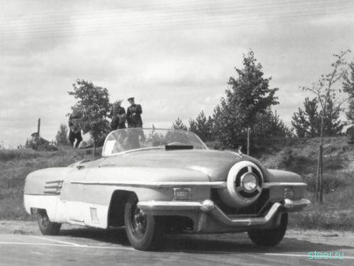 ЗИС-112 : советский спортивный автомобиль развивал скорость до 250 км/ч (фото)
