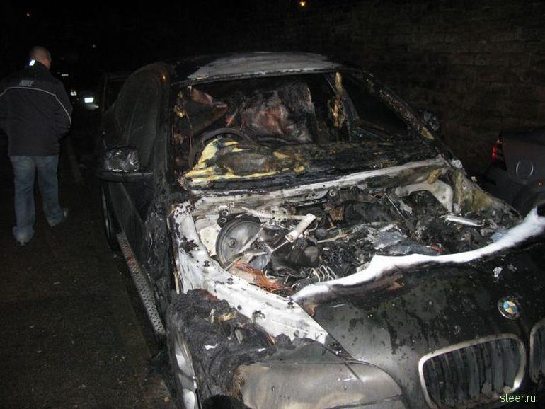Короткое замыкание в BMW X6 (фото)