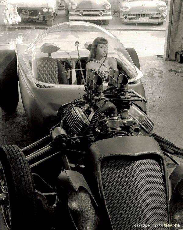 Женщины и машины: великолепное сочетание (фото) | Steer.ru: http://steer.ru/archives/2008/09/12/006865.php