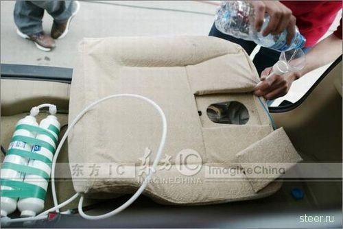 Китаец собрал автомобильный туалет (фото)