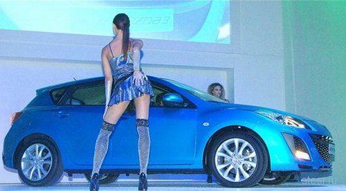 хэтчбек Mazda3