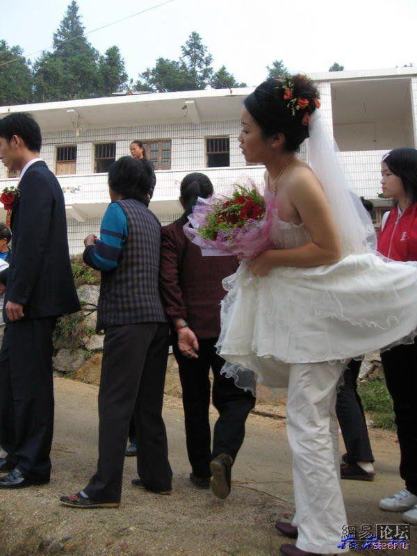 Неудача свадебного кортежа (фото)