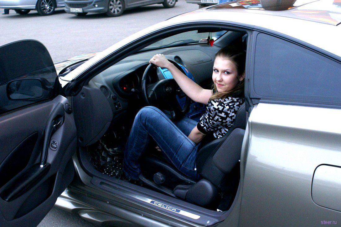 Частные фото девушек за рулем