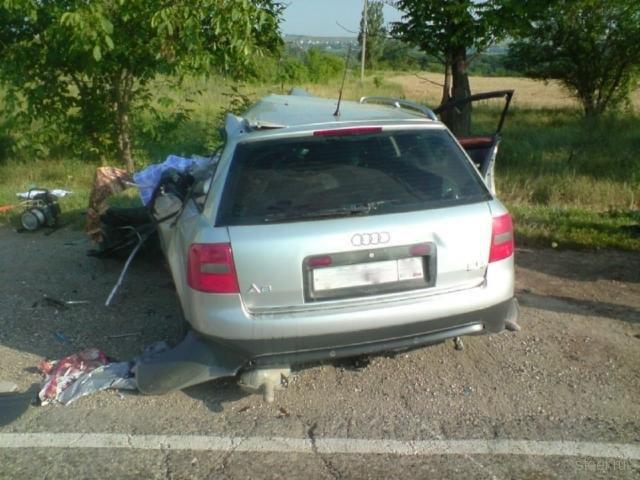 Пятигорск: Трое погибших при выезда не встречную (фото)