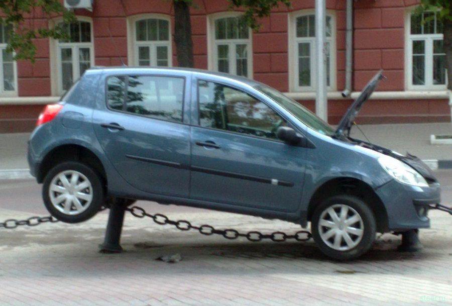 Суровая парковка в Белгороде (фото)