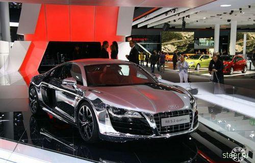 Хромированная Audi R8 (фото)