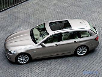 Компания BMW представила 5-Series с кузовом универсал (фото)