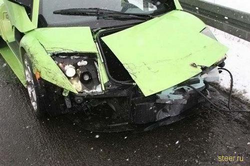 разбитый Lamborghini