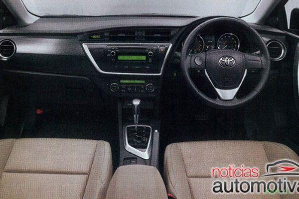 Первые изображения новой Toyota Auris (фото)