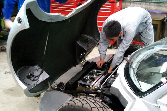 В Японии начнётся производство электро-спорт-кара Tommykaira ZZ (фото и видео)