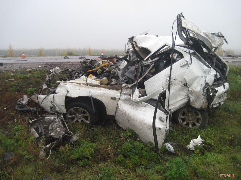 3 человека погибли в результате ДТП произошедшего на 209 километре автодороги Курск-Саратов.