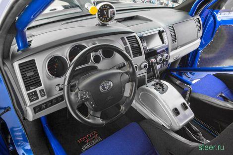 Toyota сделала семейный драгстер из внедорожника Sequoia
