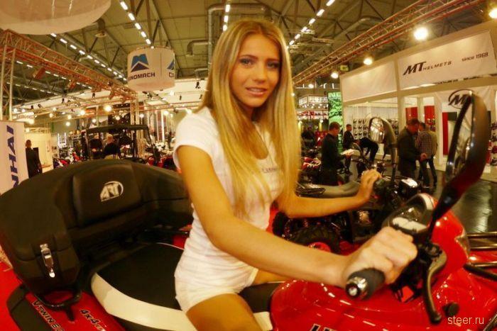 Девушки с мотовыставки Intermot 2012 (Германия, Кельн)