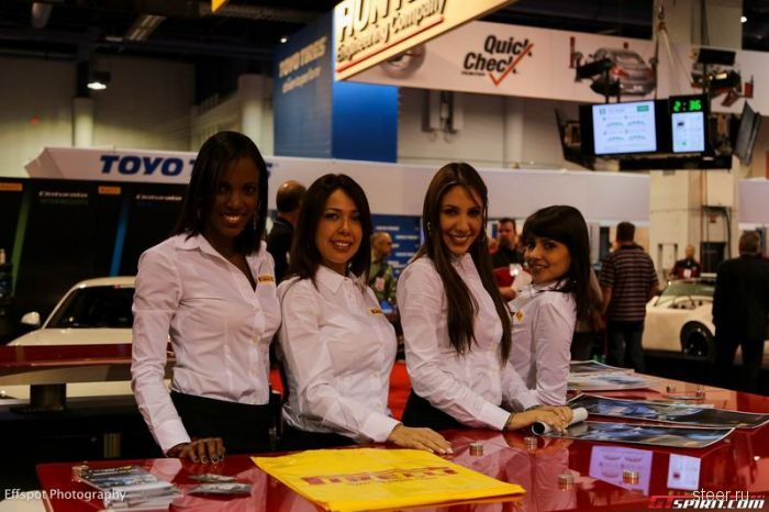 Девушки выставки SEMA 2012
