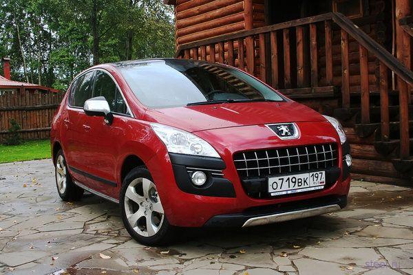 Обновленный Peugeot 3008: новые фото