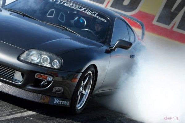 У модели Playboy угнали 1165-сильную Toyota Supra