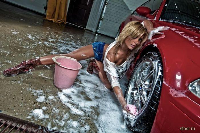 Вечная тема : девушки и автомобили