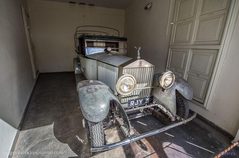 Музей раритетных автомобилей в Удайпуре (Индия)