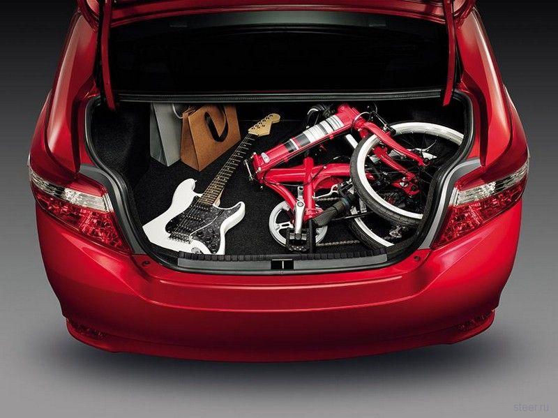 Toyota представила третье поколение бюджетного седана Vios