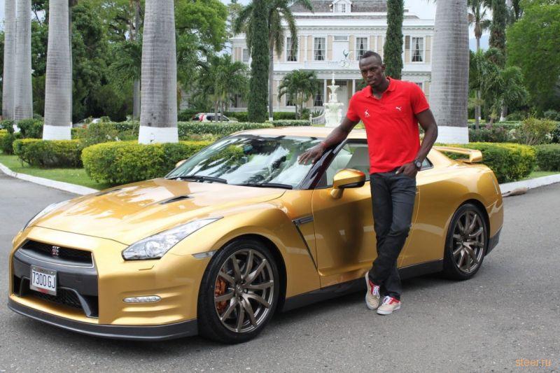 Самый быстрый человек в мире получил очередной «золотой» Nissan GT-R