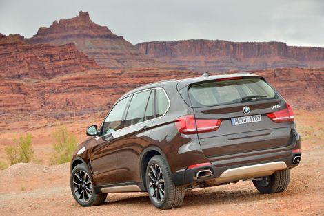 Компания BMW представила X5 : добавлен третий ряд сидений