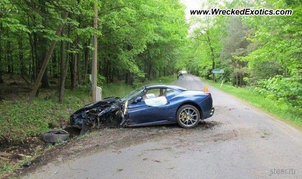 Известный хоккеист разбил дорогой спорткар Ferrari