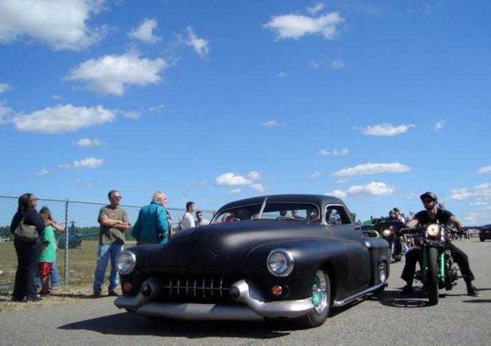 Заряженные автомобили и сногсшибательный тюнинг