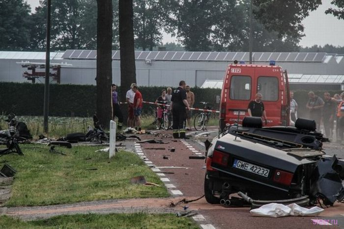 В Бельгии разбили Audi S8