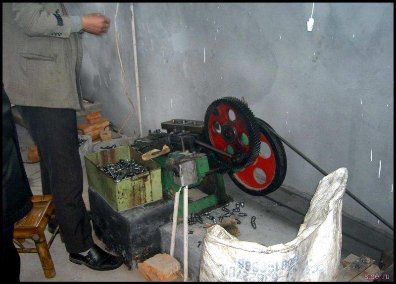 Китайский цех по производству свечей зажигания