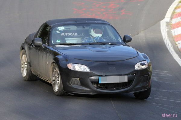 Новую Mazda MX-5 сфотографировали на трассе Нюрбургринг