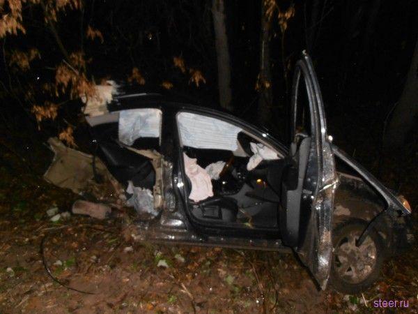Страшная авария произошла в Уфе, Volkswagen Passat буквально разорвало пополам