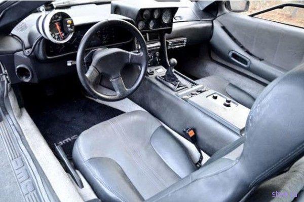 Заряженная DeLorean DMC-12 выставлена на eBay