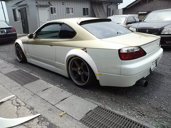 Японские тюнеры превратили Nissan Silvia в BMW