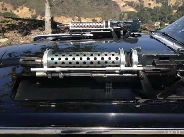 Оснащенную пулеметами и ракетами Black Beauty выставили на аукцион